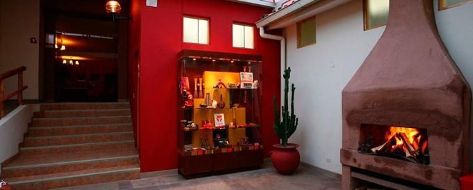 Casa Andina Classic Puno Tikarani