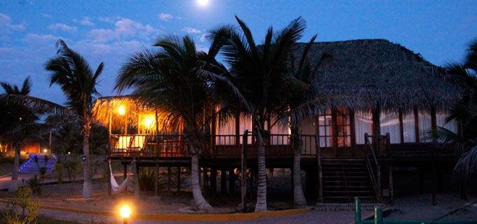 Vichayito Bungalows & Carpas Hotel